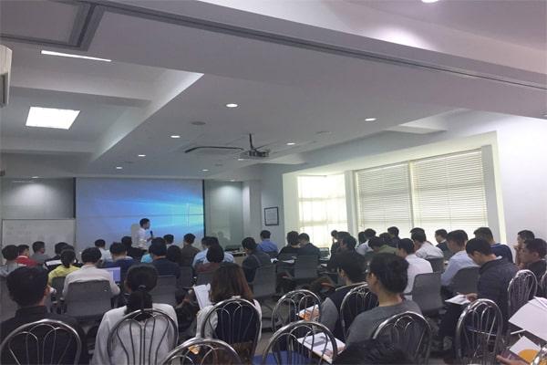 Khóa học đầu tư chứng khoán cơ bản Tại Hà Nội của Đi học 0 đồng