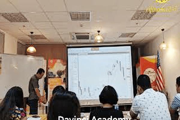 Khóa học chứng khoán forex của Nguyễn Việt Hùng Davinci lừa đảo hay không?